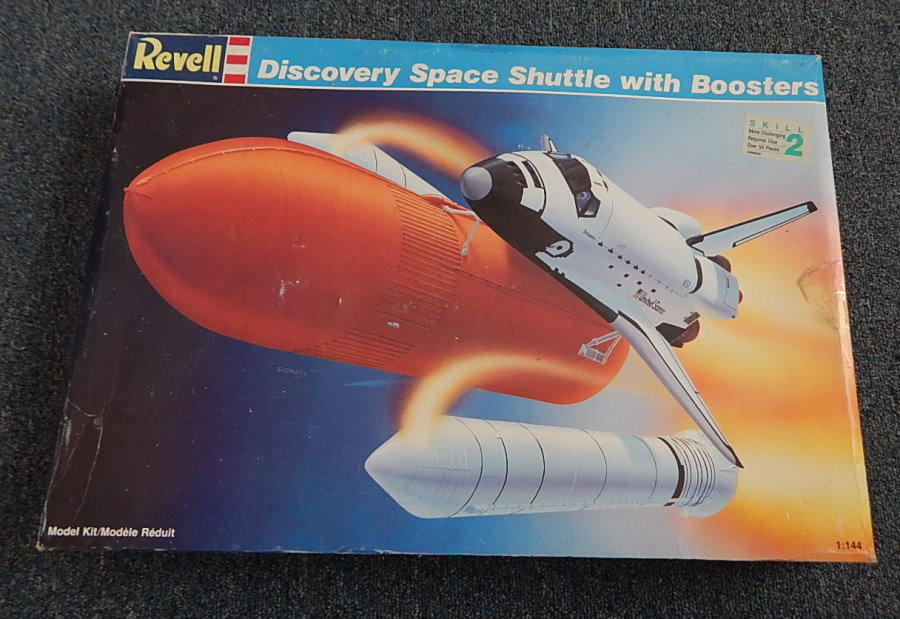 revell discovery space shuttle with boosters - photo #4